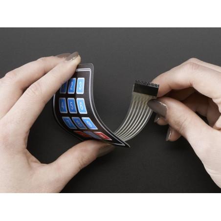 Clavier souple 12 touches et connecteur